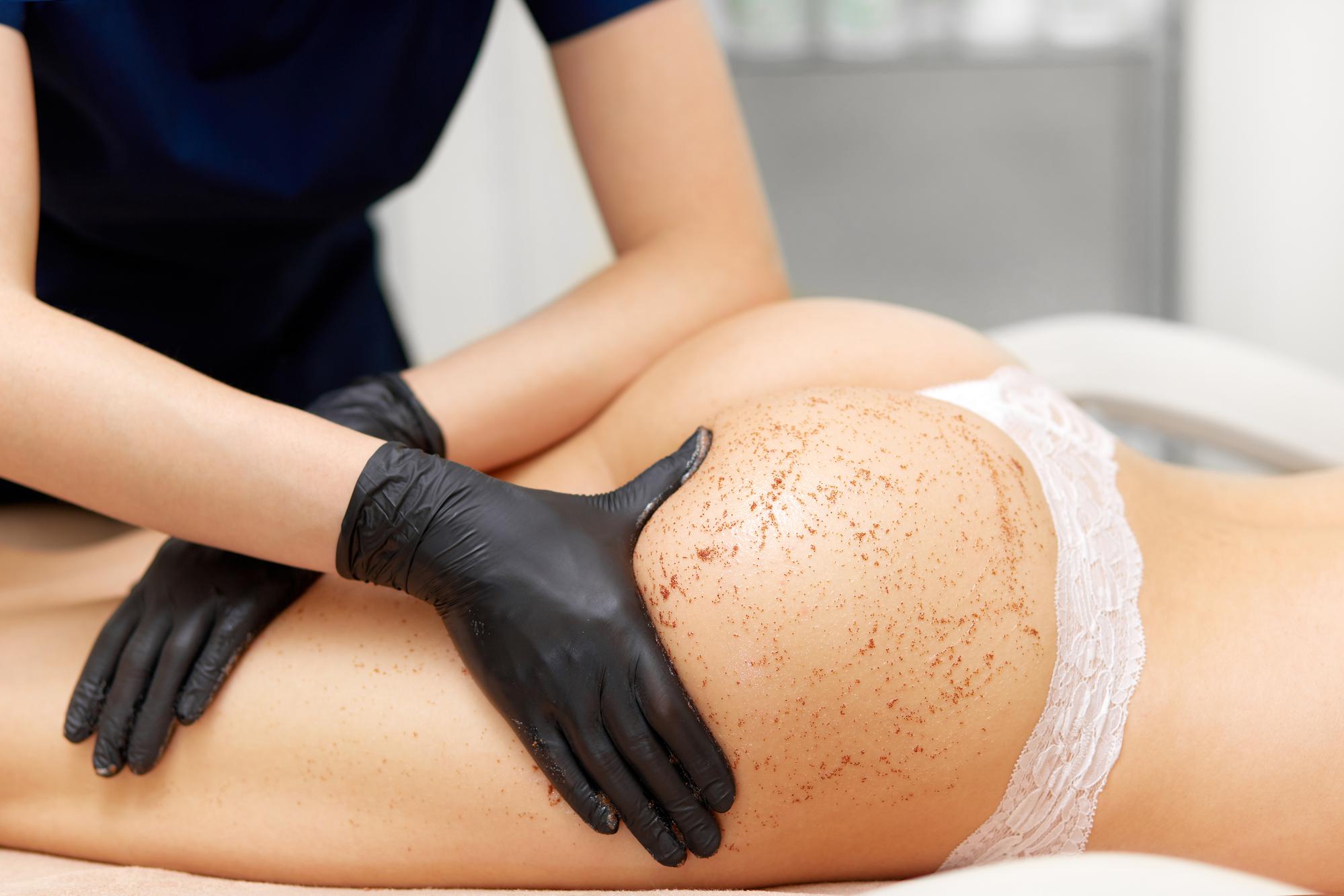 Антицеллюлитный массаж: все что важно знать